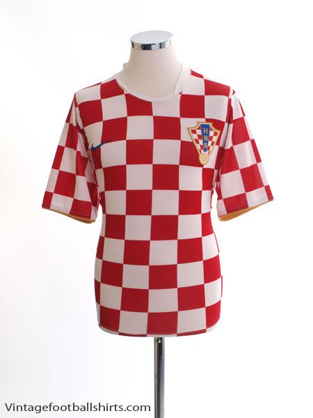 2006-08 Croatia Home Shirt M