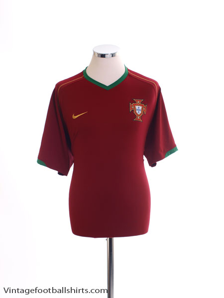 2006-08 Portugal Home Shirt L