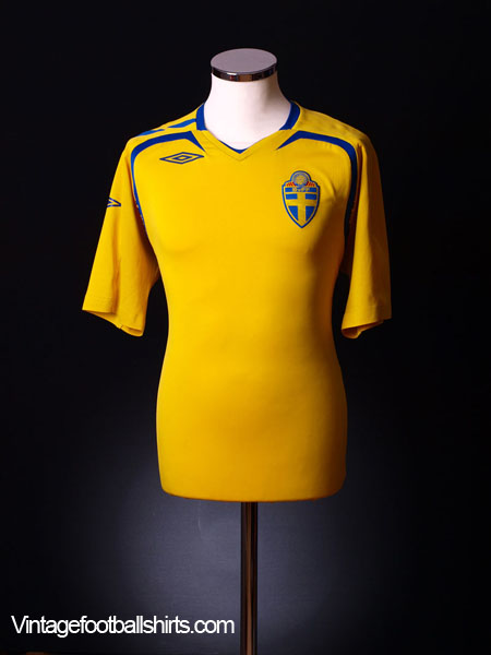 2007-09 Sweden Home Shirt XL.Boys