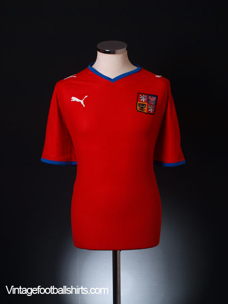 2008-09 Czech Republic Home Shirt L