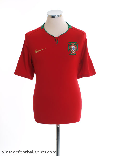2008-09 Portugal Home Shirt *Mint* XL