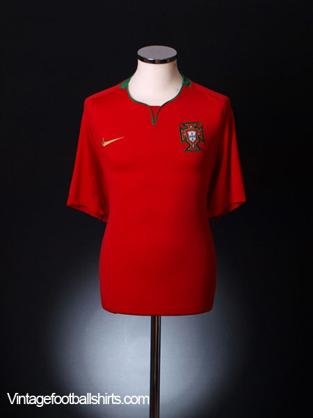 2008-09 Portugal Home Shirt M