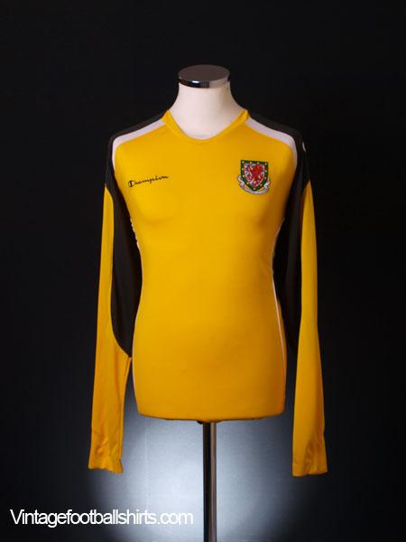 2008-10 Wales Goalkeeper Shirt L/S *BNWT* XL