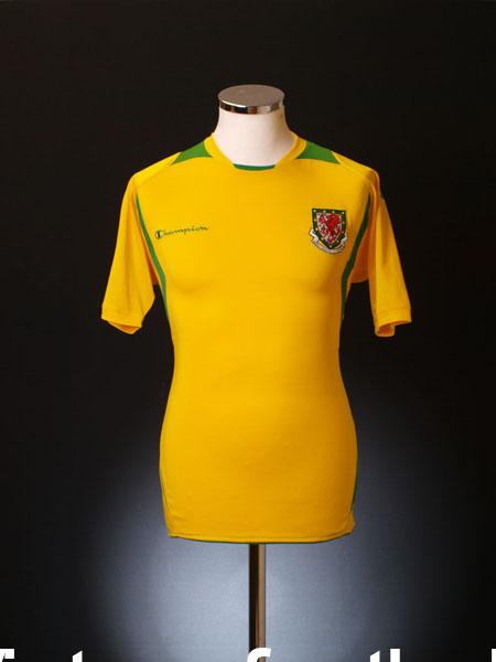 2008-10 Wales Third Shirt S