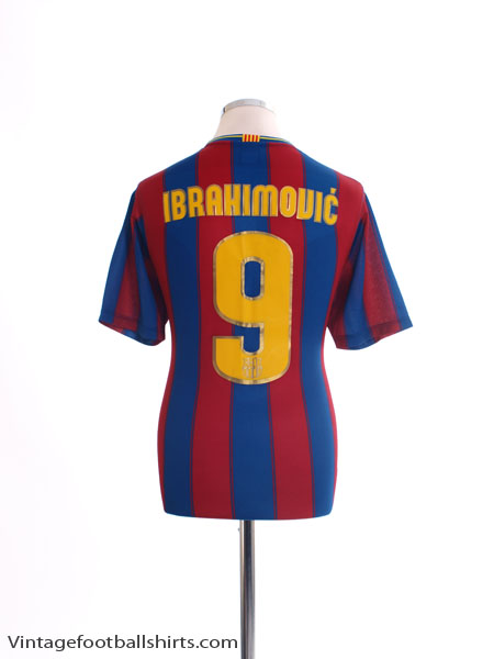2009-10 Barcelona Basic Home Shirt Ibrahimovic #9 M