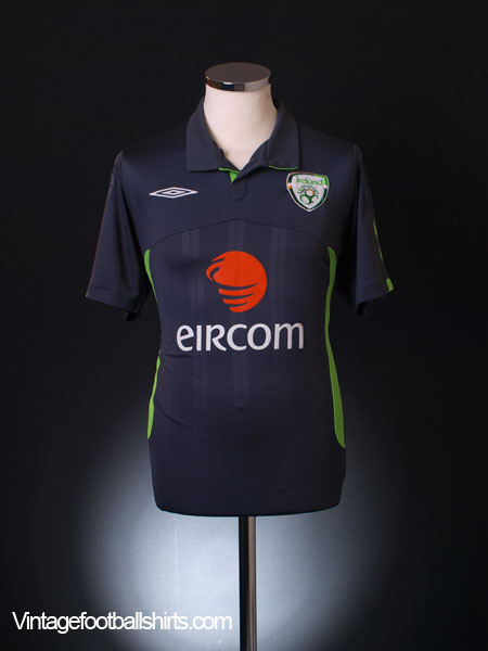 2009-10 Ireland Third Shirt M