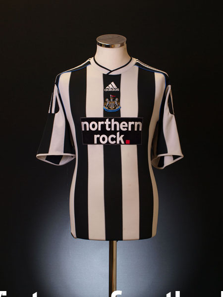 2009-10 Newcastle Home Shirt XXXL