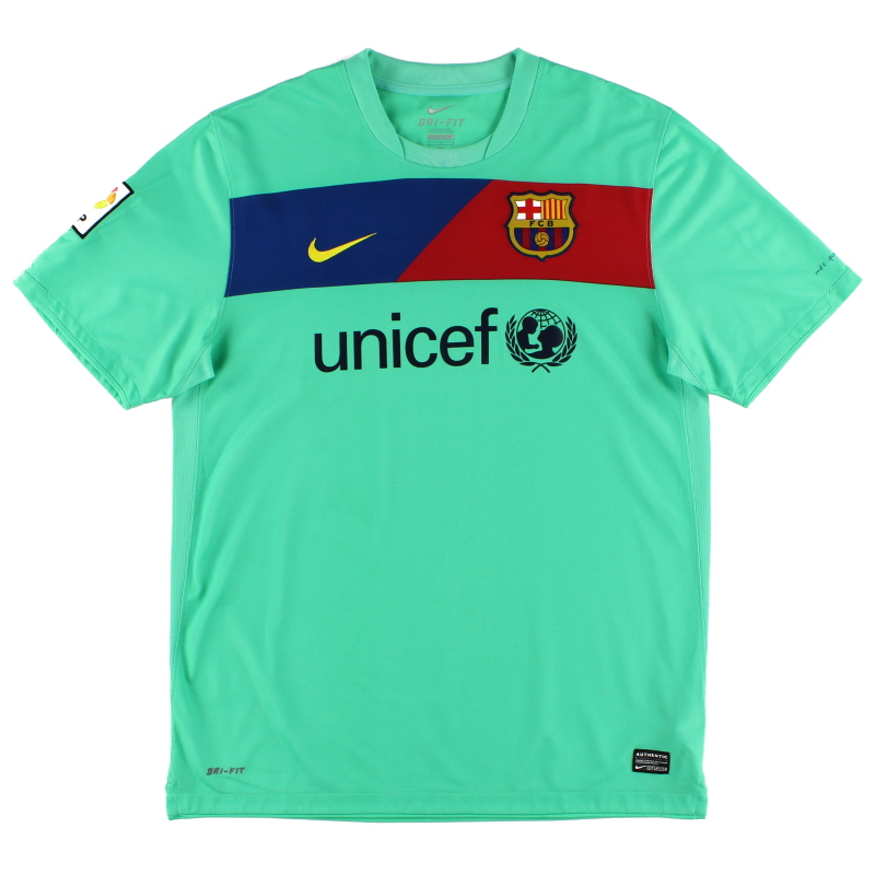 2010-11 Barcelona Away Shirt S
