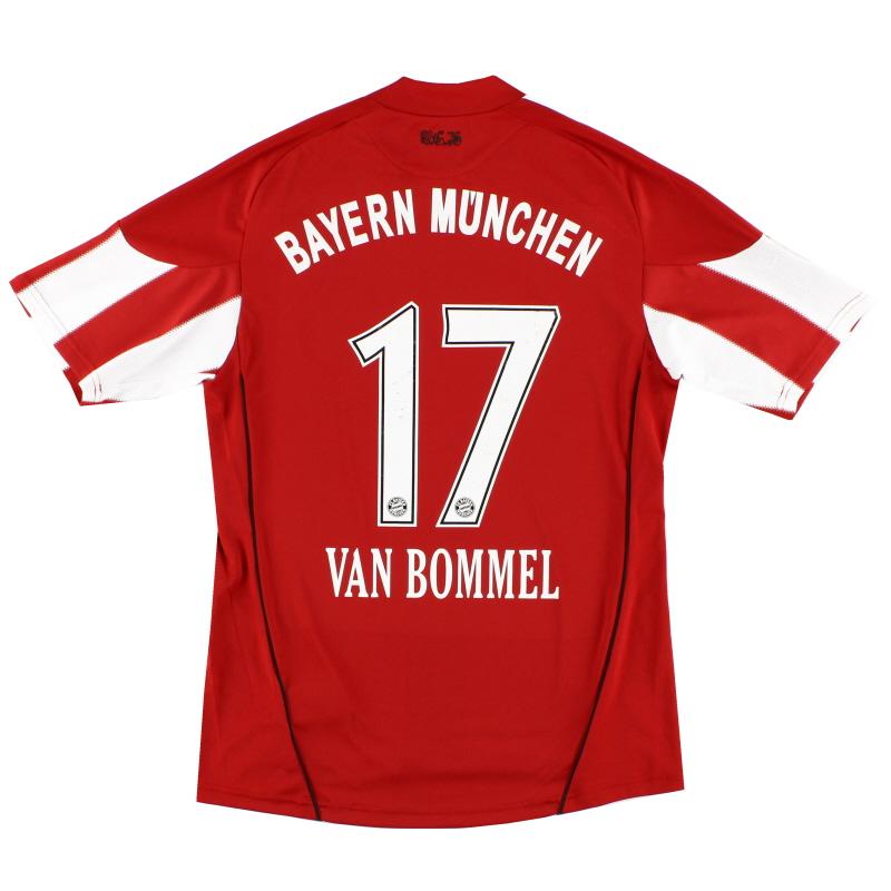 2010-11 Bayern Munich Home Shirt van Bommel #17 L