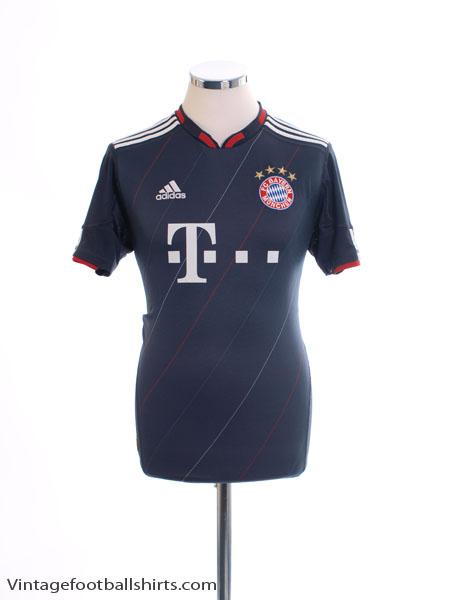2010-11 Bayern Munich Third Shirt Y