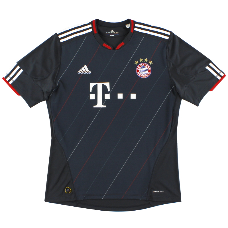 2010-11 Bayern Munich Third Shirt S - P95826