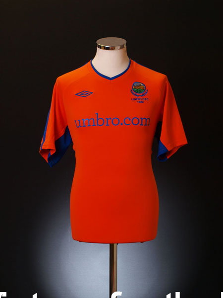 2010-11 Linfield Away Shirt S