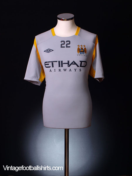 2010-11 Manchester City Umbro Training Shirt #22 L