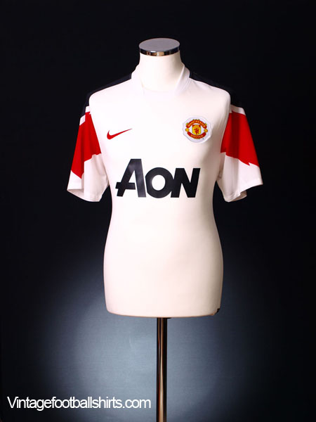 2010-11 Manchester United Away Shirt L.Boys