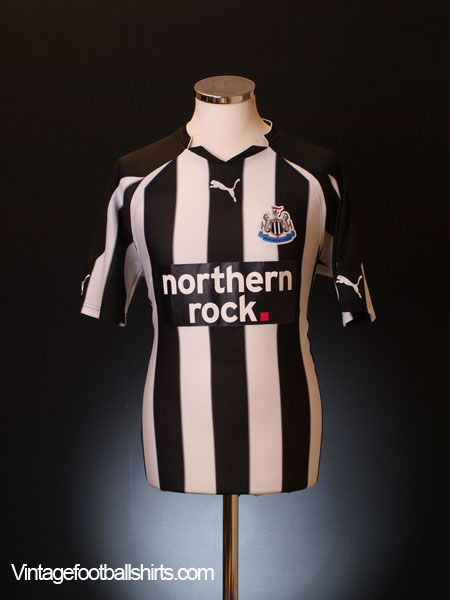 2010-11 Newcastle Home Shirt M
