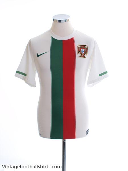 2010-11 Portugal Away Shirt S