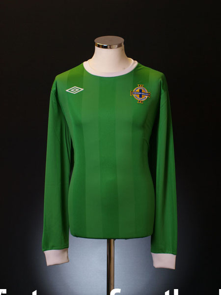 2010-12 Northern Ireland Home Shirt L/S S