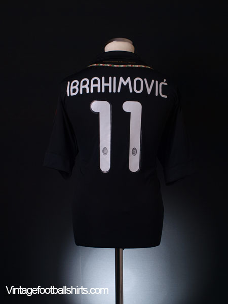 2011-12 AC Milan Third Shirt Ibrahimovic #11 XL