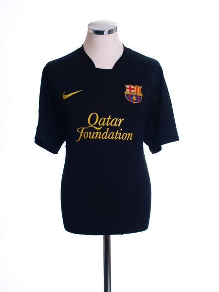 2011-12 Barcelona Away Shirt L