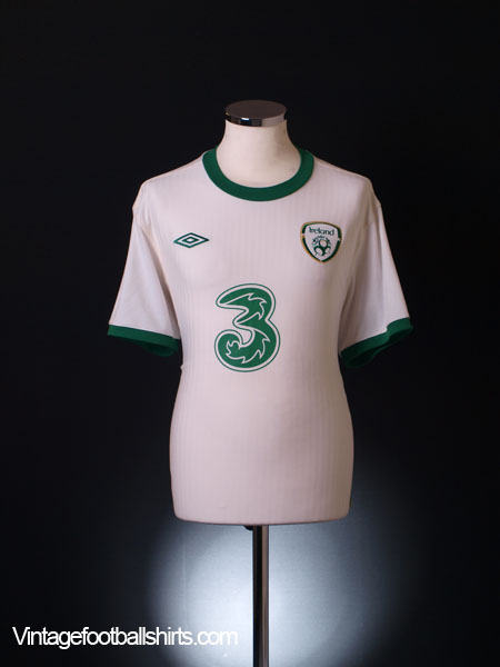2011-12 Ireland Away Shirt L