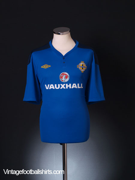 2011-12 Northern Ireland Umbro Training Shirt XXL