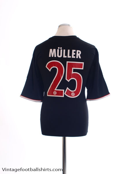 2011-13 Bayern Munich Away Shirt Muller #25 XL
