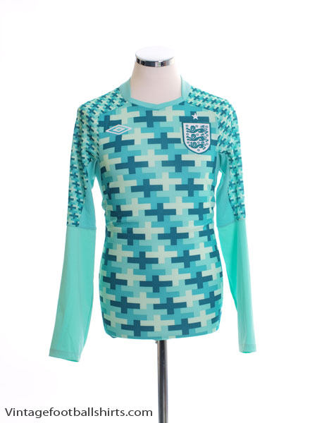 2012-13 England Goalkeeper Shirt XL.Boys