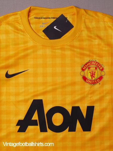 newest 56278 ebc19 2012-13 Manchester United Player Issue Goalkeeper Third ...