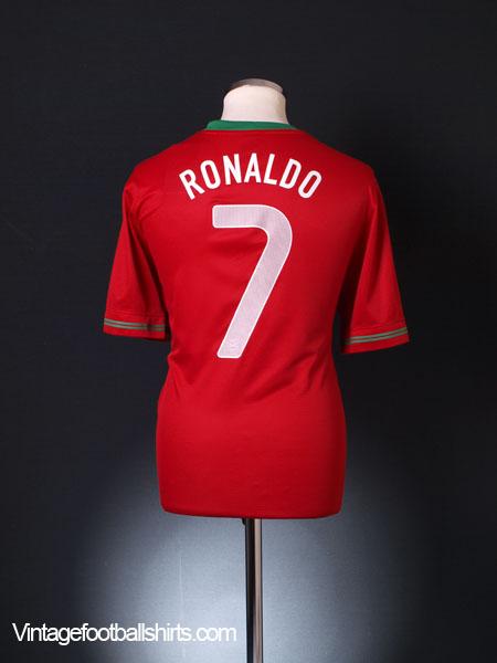 2012-13 Portugal Home Shirt Ronaldo #7 *BNWT* L