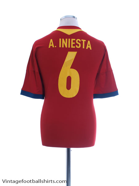 2012-13 Spain Home Shirt A. Iniesta #6 L - X53272
