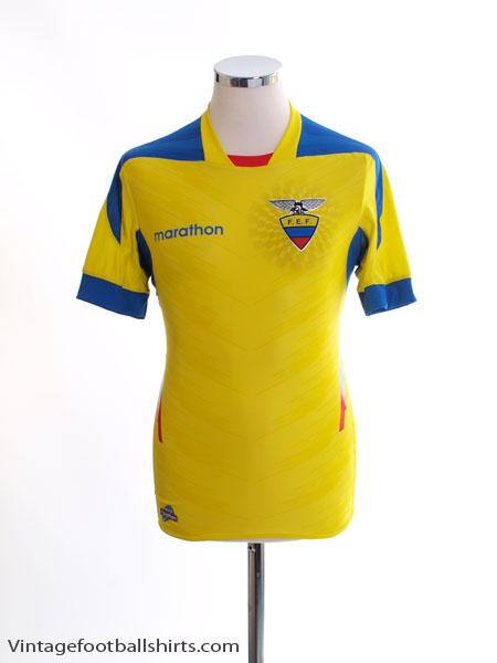 2014-15 Ecuador Home Shirt S