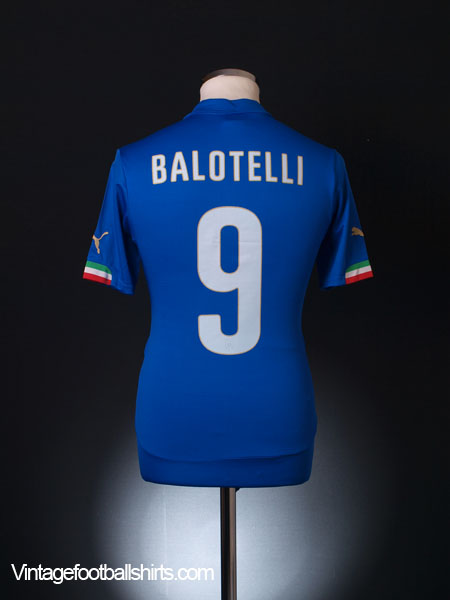 2014-15 Italy Home Shirt Balotelli #9 *As New* S - 747249-01
