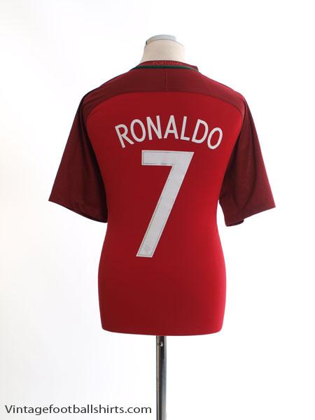 2016-17 Portugal Home Shirt Ronaldo #7 L - 724620-687