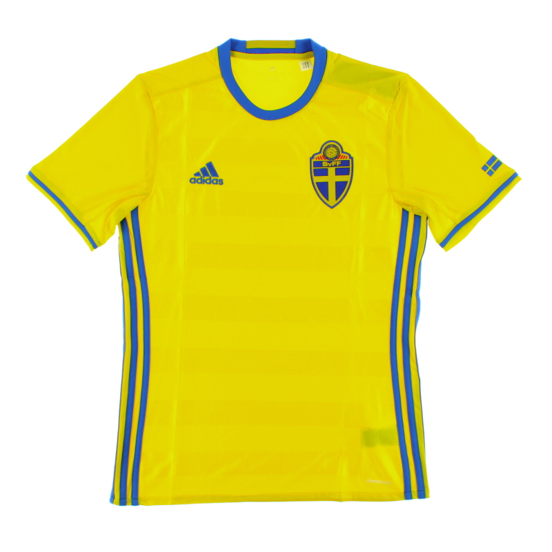 2016-17 Sweden Home Shirt *BNIB*  - AI4748