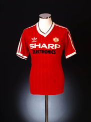 1982-83 Manchester United Home Shirt Y