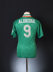 1994 Ireland Home Shirt Aldridge #9 S