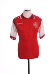 1996-98 Denmark Home Shirt M