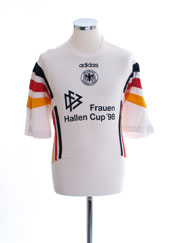 1996-98 Germany Training Shirt L