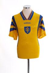 1996-98 Sweden Home Shirt L