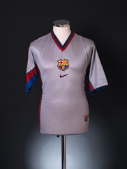 1998-01 Barcelona Away Shirt M