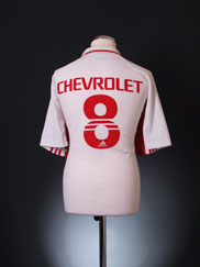 Retro Internacional Shirt