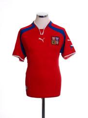 2000-02 Czech Republic Home Shirt S