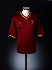 2000-02 Portugal Home Shirt XL.Boys