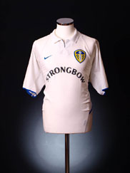2002-03 Leeds Home Shirt L.Boys