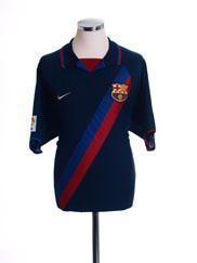 2002-04 Barcelona Away Shirt L