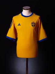 2002-04 Sweden Home Shirt L