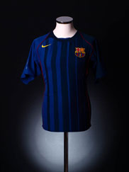 2004-05 Barcelona Away Shirt L