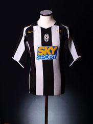 2004-05 Juventus Home Shirt M