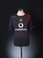 2004-05 Manchester United Nike Training Shirt S