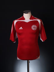 2004-06 Denmark Home Shirt M